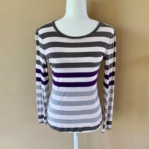 Old Navy Medium gray purple striped shirt top